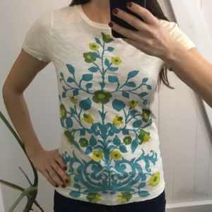 Tops - J crew tee graphic floral 60s 70s vintage  pattern